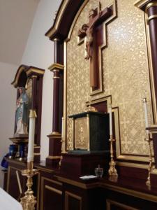 altar right side