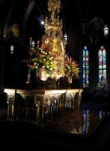 ND Altar2