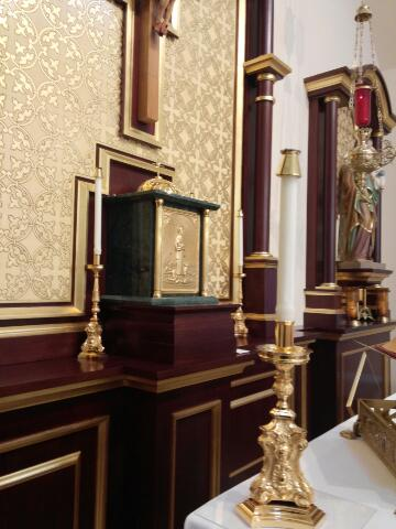 Altar from left