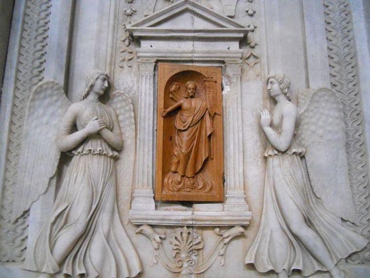 tabernacolo_stagi_chiesa_di_retignano