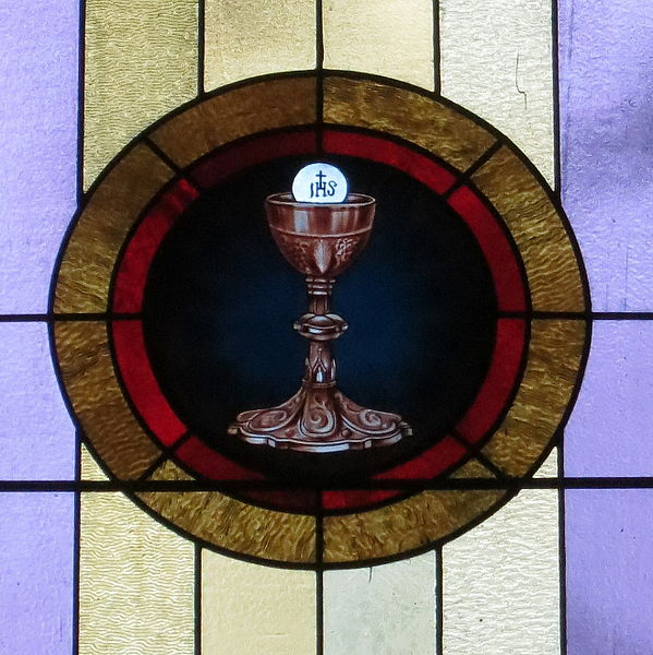 host_and_chalice-2
