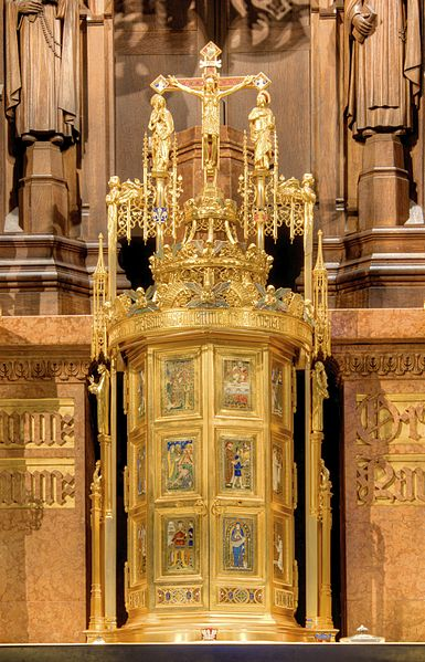 Tabernacle_in_Church_of_St._Vincent_Ferrer_(NYC) (2)
